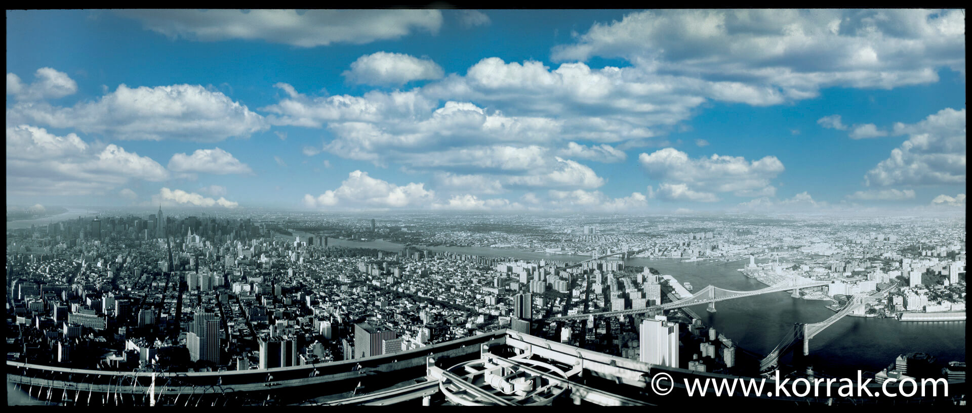 NEW YORK PANORAMA FROM ROOFTOP WTC 1991
