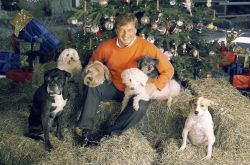 05 AUFHAUSER MICHAEL WITH 6 DOGS
