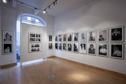 2010 BLACK And WHITE ARTIST PORTRAITS ART COM GALLERY WIEN4