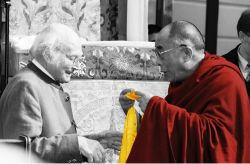 DALAI LAMA HARRER HEINRICH-90TH BIRTHDAY 2002-1