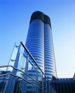 MILLENIUMS TOWER WIEN3