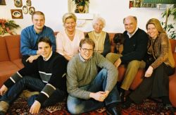 PROELL ERWIN MIT FAMILIE